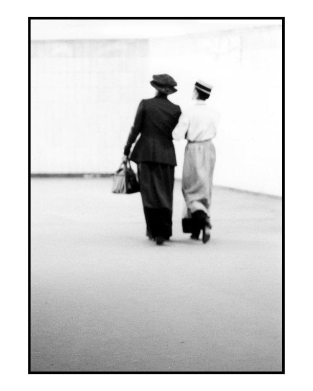 Rosa & Clara am Alex 11 © York Wegerhoff