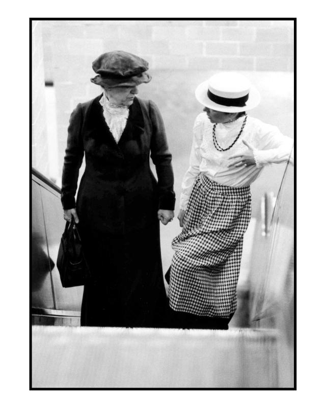 Rosa & Clara am Alex 2 © York Wegerhoff